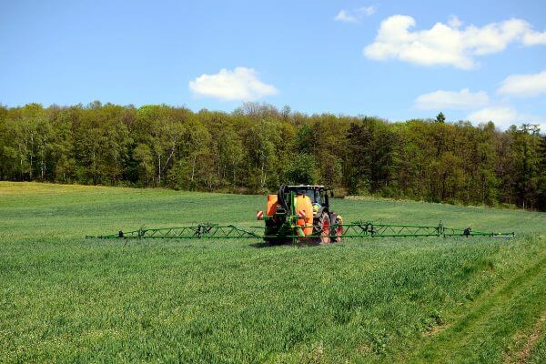 Phasing out of non-selective herbicides